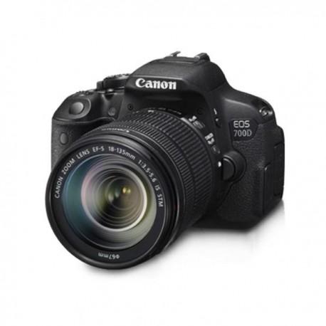 Canon EOS 700D 18-135